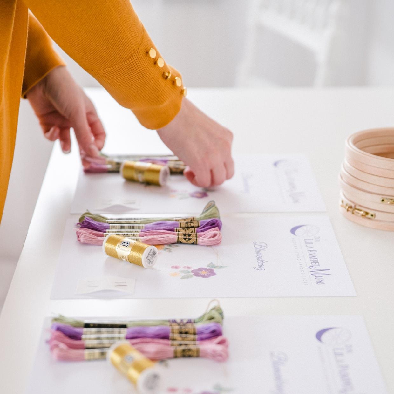 Hochwertige Materialpakete für online Stickkurse